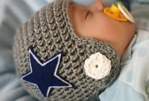 Crochet bebés y niños / by Stella Maris L B
