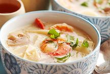 Soups are one of my favorite comfort foods / by Thippi Noodleonthat