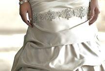 Bröllopsklänningar & Smycken