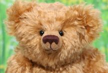 Teddy Bear Sewing Patterns / These are teddy bear sewing patterns by Barbara Ann Bears which you can buy and use to make traditional mohair teddy bears