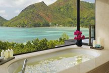 Vacation with a view / Who doesn't love a good view, whether it's on the tub, on the beach or over a meal, we cater all your viewing needs right here.  For a bespoke luxury holiday call our travel agents today 0121 446 4932