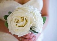 Non-Floral Bouquets / For the thrifty bride, or the bride who wants to stand out!