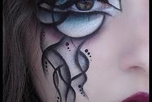 Face painting / Hier auf Facebook nur ne Seitemit Bildern mit Alben wie Piercings, Tattoos, Visual Kei, Blood etc http://www.facebook.com/KyuuKetsukiOfficial