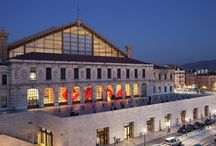Gare de Marseille Saint-Charles / La gare de Marseille Saint-Charles sous tous les angles.