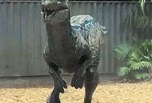 Парк юрского периода/JW / Это доска с динозаврами из фильма «Парк Юрского Периода»