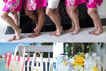 Bridesmaid Gifts / Bridesmaid gift ideas for the girls in your bridal party including maid of honor, matron of honor, bridesmaids, flower girl and mom and mother of the groom.