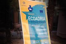 Ecoadria Fisherman / Marmellata® Comunica ha curato il progetto europeo ECOADRIA-FISHERMAN, intento a creare le condizioni di riconversione professionale dei pescatori nel Mare Adriatico.  http://www.marmellatacomunica.com/portfolio-items/ecoadria-fisherman/