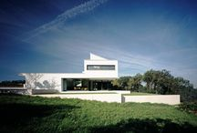 Villa in Hohenlohe / Award-winning-purism in the family friendly version