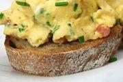 Breakfast Ideas / Recipes for breakfast—weekdays or weekends.
