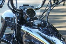 CHROME / Love this colour / by Claudia Santander