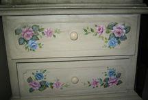 mobilier decorativ