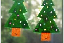 Christmas crafts for kids / by Lori Sloan