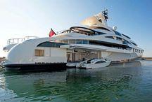 Luxus Yachten / Motor-Yachten