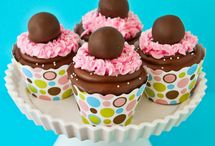 Cupcakes & cake-pops / wedding | birthday | cake pop | party | sweet recipe | dessert ideas |
