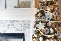 Christmas Decor / by Brittney Raines