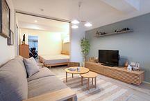2014年12月5日【ナチュラル】家具屋が提案する中古マンションリノベーション!家具から始まる家づくりを提案します。 / 家具屋が提案する中古マンションリノベーション!家具から始まる家づくりを提案します。家具の配置や使い方に合わせて部屋を間仕切るリノベーション、子育てに合わせた間取り提案などおすすめポイント盛りだくさんのリノベーションです! コーディネートのテーマカラーは「ナチュラル&ライトブルー&グレー&ブラック」とし、ナチュラルベースにブラック色やグレー色、ライトブルー色のアイテムを取り入れながらコーディネートしております!