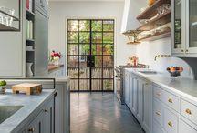 Kitchens: Grey, green, blue