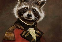 Животные в исторических костюмах
