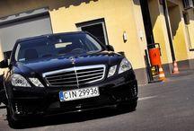 REALIZACJA: MERCEDES E W212 CARLSSON. / Zdjęcia Mercedesa E W212 Carlsson, którego przygotowaniem zajął się GranSport - Luxury Tuning & Concierge.   Dyskretny pakiet aerodynamiczny oraz nowe felgi odmłodziły wizualnie auto, a sportowy tłumik tylny poprawił brzmienie ten statecznej limuzyny.  Jeśli chcesz aby Twoja E Klasa wyglądała podobnie lub jeszcze lepiej, odwiedź nasz sklep: http://gransport.pl/index.php/carlsson/mercedes-benz/e-klasa-w212-i-s212.html