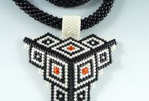 Beading - triangles / Beaded by other people