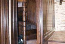 Secret Room/Passageway / Secret hiding place/study/library/safe room/passage/crawl space/storage space Hidden doors/cupboards