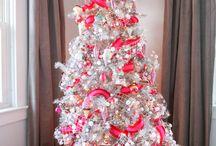 Christmas / by Hilda Florez