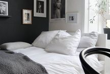 Black and White Room / Room Idea One
