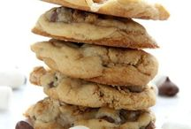 Cookies We Love! / We always support other bakers and cookie makers that create fresh cookie treats!