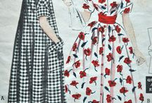 Vintage 1960s Womens Dress