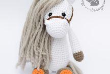 Amigurumis made by Zsanigurumi / Amigurumis: crocheted animals and other cuties for children made by Zsanigurumi Zsanigurumi is part of Rozie's Nursery