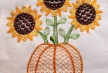 Sunflower Harvest Machine Embroidery  Collection / Light Sunflower Machine Embroidery designs