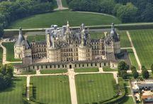 """Chateaux """" Majestueux """" / Architecture des châteaux de nos régions."""
