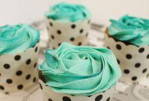 Cakes*Cupcakes*Cookies / by Rebekah Wolfenbarger