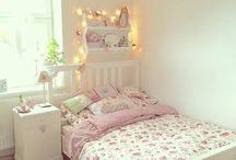 Halles bedroom