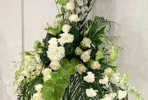 Driehoek bloemstuk