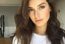 Jessica Clements eyebrows
