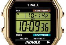 TIMEX / Legendární značka hodinek Timex založená roku 1854 v USA se vrací ke svým začátkům a vydává kolekci retro hodinek pod názvem Originals. Tato kolekce v sobě spojuje léty ověřený a nestárnoucí vzhled a moderní technologie současnosti. Hodinky Timex Originals, to jsou hodinky s příběhem!