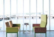 Диванные системы JOHANSON (Швеция) / У Johanson есть уже 3 диванные системы B-BITZ, REFORM и U-SIT, которые высоко оценены. К этой коллекции присоединилась новая диванная система FRIENDS, созданная Александром Лервик (Alexander Lervik). Совместное длительное сотрудничество между Александром Лервик и Johanson принесло потрясающие результаты на протяжении последних лет.