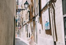 living in. → barcelona