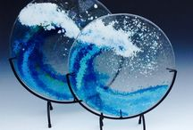 Fused glass ultimate frisbee