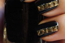 Nails / by Candice Albanese