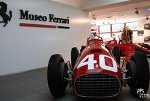 Muzeum Ferrari / Samochody w muzeum Ferrari w Maranello