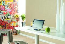 Collection : DUO / DUO : des structures multiples pour une collection unique. Replacer la couleur et la lumière au cœur de sa maison et de sa décoration… Remettre le « vivant » au centre de son quotidien… Retrouver sa place au milieu de la Nature, du floral et du végétal, du minéral et de l'organique… La collection DUO vous propose d'imaginer un intérieur qui vous ressemble en orchestrant avec harmonie les matières et les unis, en accordant avec justesse les couleurs et les textures…