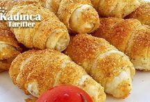 Peynirli Çıtır Kruvasan Börek Tarifi nasıl yapılır? Peynirli Çıtır Kruvasan Börek Tarifi'nin malzemeleri, resimli anlatımı ve yapılışı için tıklayın. Yazar: Elifsekban61
