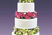 Cakes / by Tonya Wallis