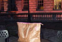 Bo-borsa in London at night /