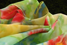 Silk Lyli - handmade - scarf / Malované hedvábí e-shop: www.mojehedvabi.cz
