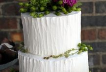 cakes / by April Ritchea