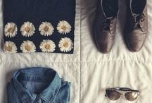I am obsessed with daisies and black <3