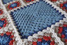 Пледы вязаные / Crocheted/knitted blankets / Crocheted and knitted blankets